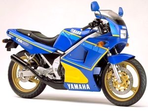 Yamaha Yamaha RD 500 LC - Moto.ZombDrive.COM